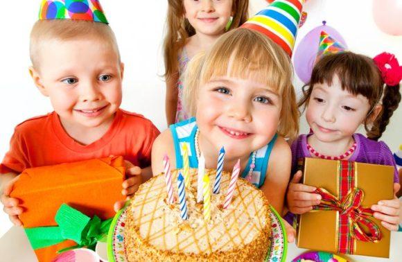 Anniversaire pour enfants à domicile à Moyaux